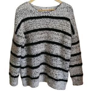 3/30$ CK Grey & Black Oversized Boucle Sweater